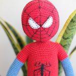 Amigurumi Örgü Spiderman Örümcek adam yapımı