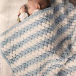 Kadife İpten Bebek Battaniyesi Nasıl Yapılır